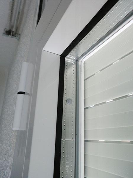 ventana practicable con doble acristalamiento con gas argón para mayor eficiencia energética