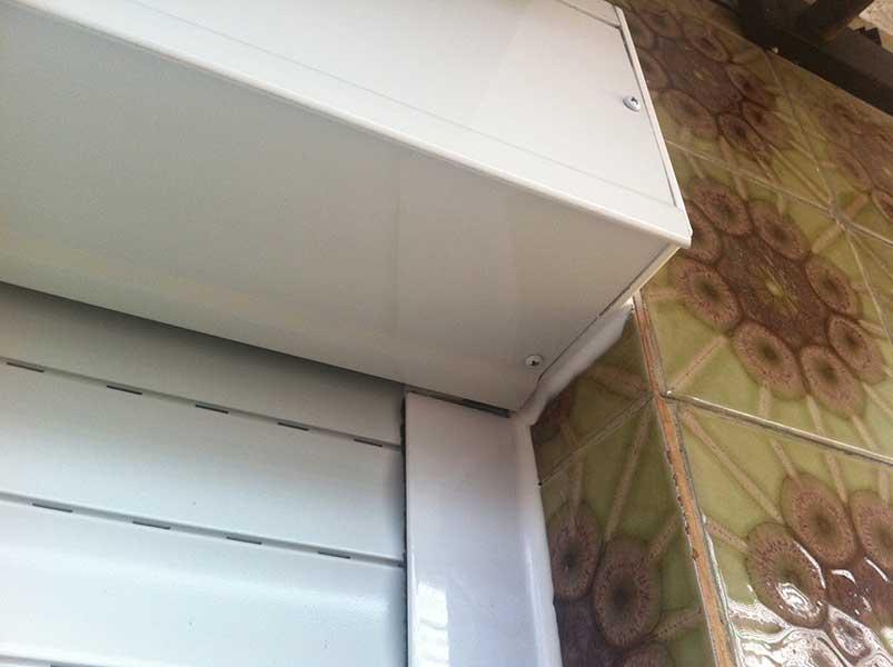 terminaciones de una persiana de cajón exterior