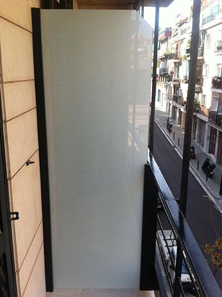 separa de balcones de vidrio laminado mate